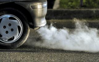 Причина появления голубого дыма отработавших газов