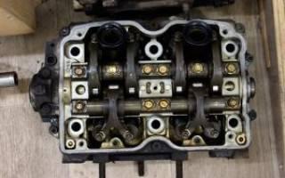 Почему на холостых оборотах вибрация двигателя